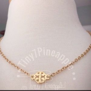 ✅🆕 TORY BURCH PENDANT CHARM GOLD NECKLACE